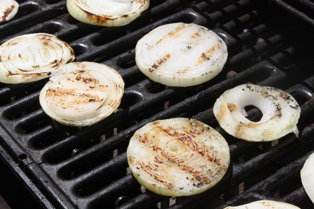 How To Grill Onions   The Wannabe Chef