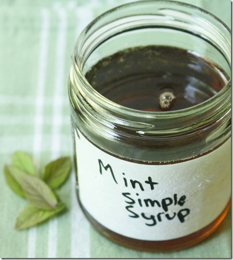 how-to-make-mint-simple-syrup-jar