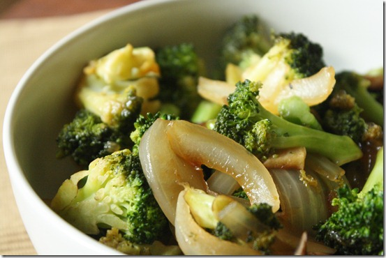 Healthy-Chinese-Broccoli-Bowl