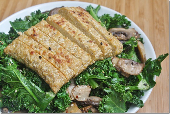 sesame-mushroom-and-kale-with-tempeh