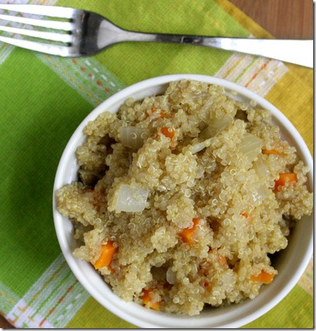 how-to-cook-quinoa-in-a-rice-cooker-overhead