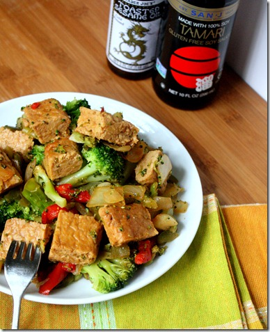 tempeh-and-broccoli-tablescape