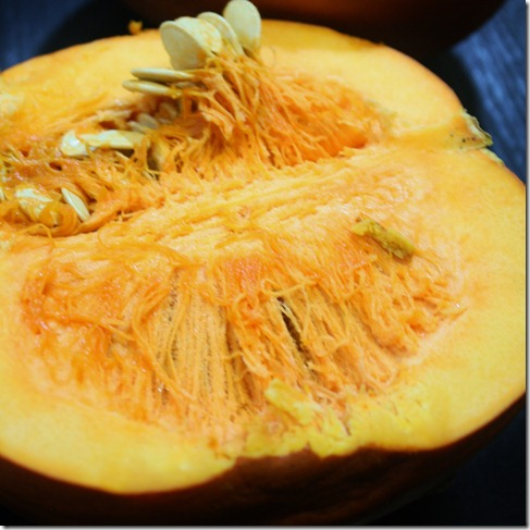 how-to-make-pumpkin-puree-halved