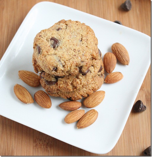 almond-flour-chocolate-chip-cookies-flat