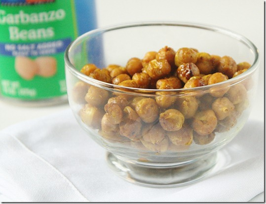 curry-roasted-chickpeas-bowl