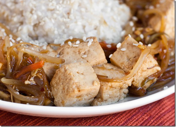 Healthy-Tofu-stir-fry-close-up