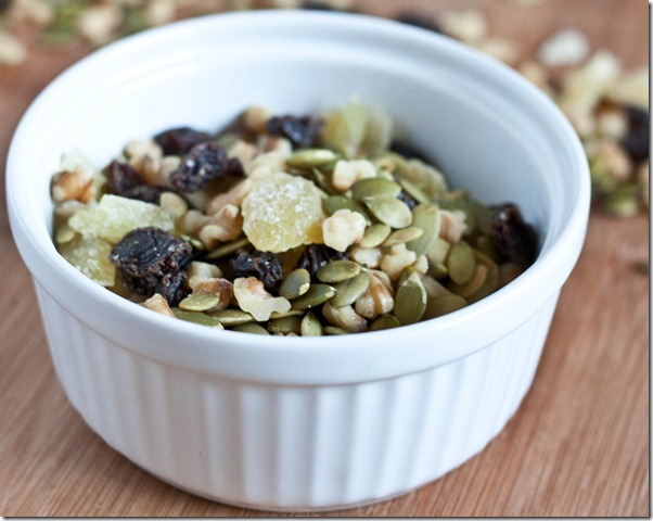 pumpkin-seed-trail-mix-5
