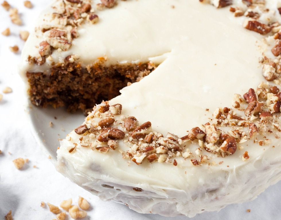 Cake With Cream Frosting : Gluten-Free Carrot Cake with Cream Cheese Frosting The ...