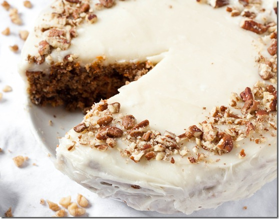 gluten-free-carrot-cake-with-cream-cheese-frosting-2