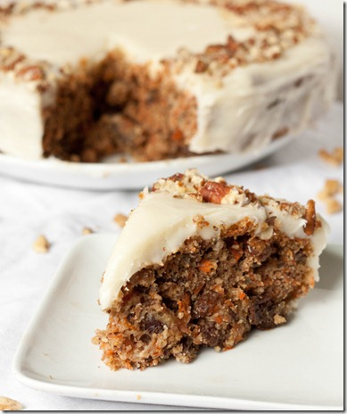 gluten-free-carrot-cake-with-cream-cheese-frosting-serving
