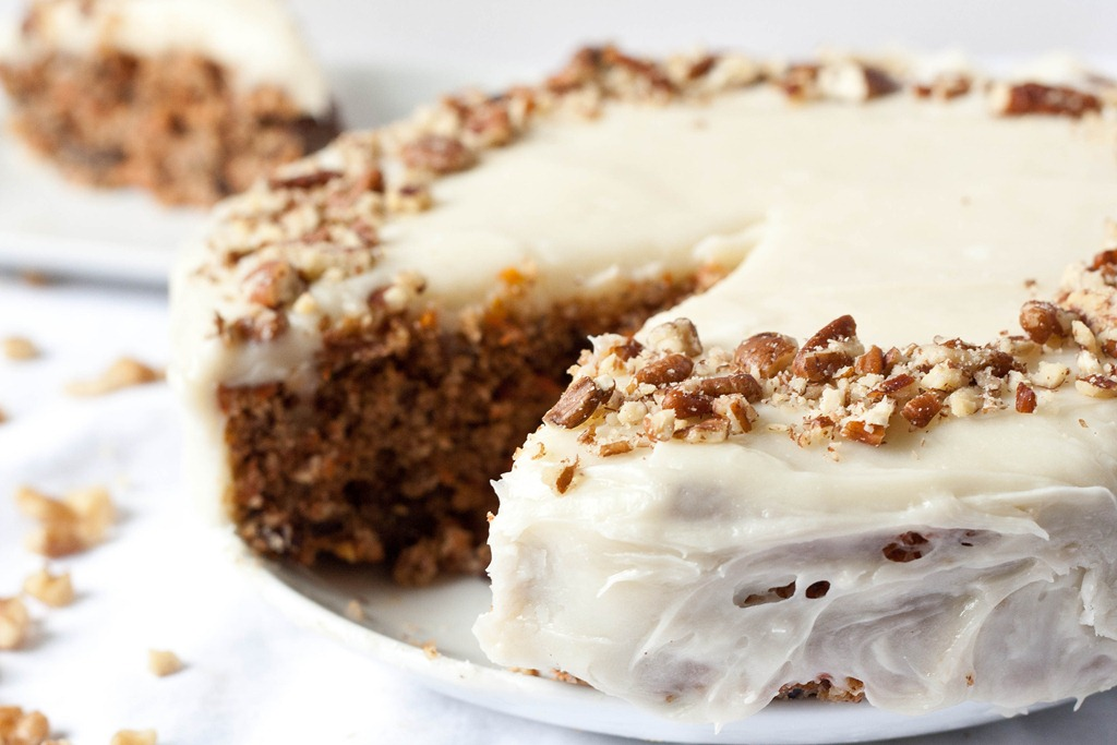 GlutenFree Carrot Cake with Cream Cheese Frosting  The Wannabe Chef