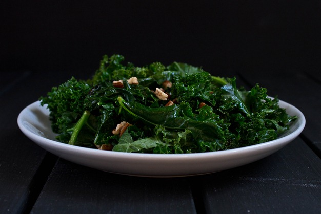 Sautéed Kale with Pecans serving