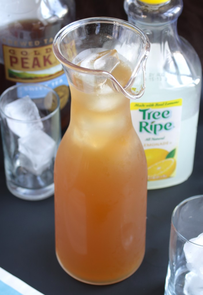 Sweet Tea Vodka Lemonade Pitcher